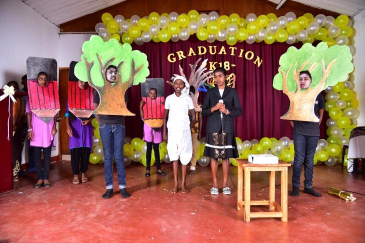 Graduation Hattton 01.JPG